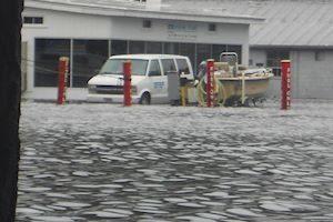 300x200-inondations-at-ayb